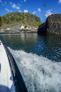 The ferry from Easdale Island