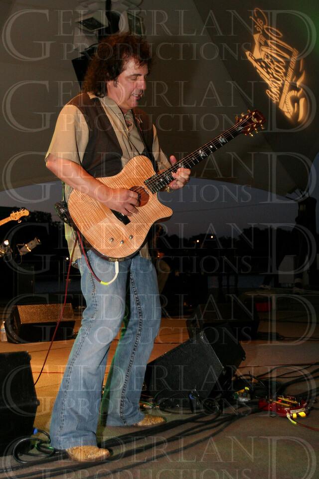 Craig Chaquico
