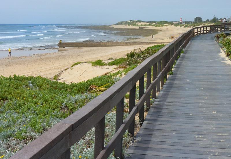 Port Elizabeth beach, an industrial town between Atlantic and Indian oceans