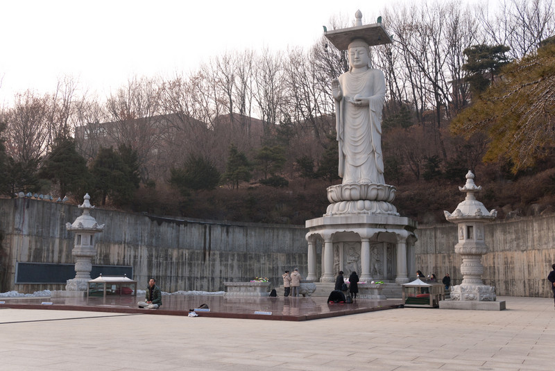 """Built in 1966, the 23-meters high Mireukdaebul Statue is the largest statue of Buddha in Korea and the greatest treasure of Bongeunsa."""