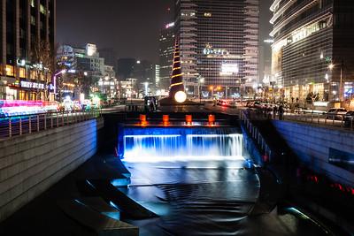 Cheonggyecheon at Night