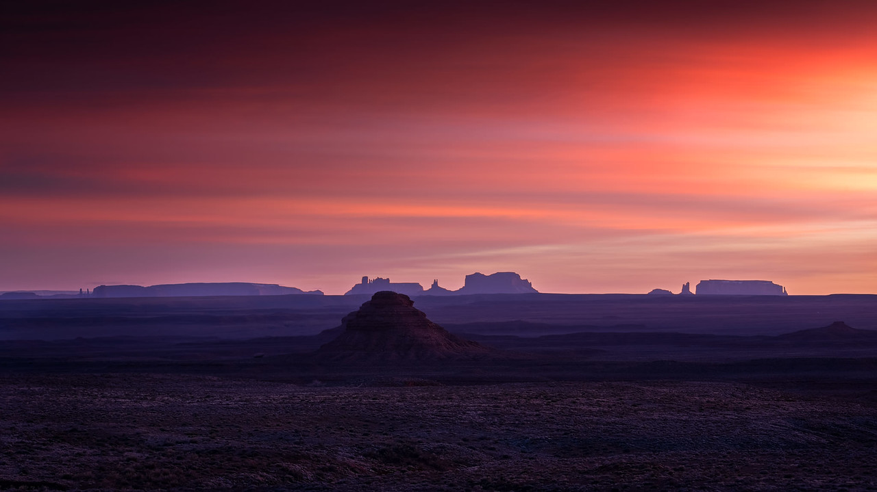 Looking south towards Monument Valley