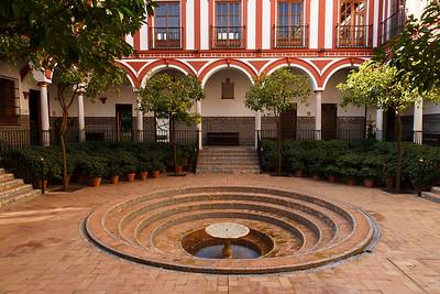 Sevillano Patio, Hospital de los Venerables Sacerdotes (Est. 17th century), Barrio de Santa Cruz, Sevilla