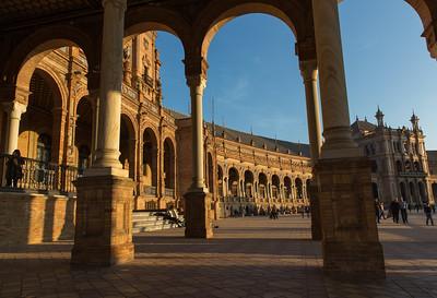 Plaza de España, built in 1928 for the Ibero-American Exposition of 1929, Sevilla
