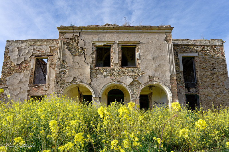 Abandoned cortijo in Andalucia
