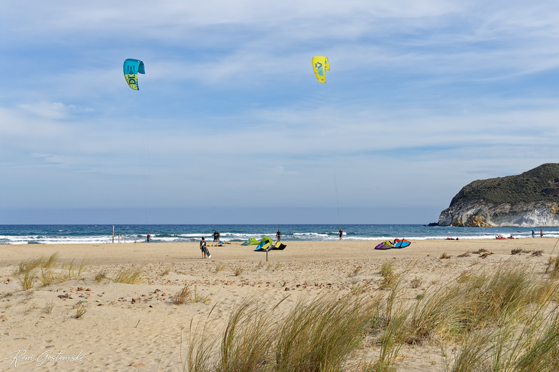 Genoveses beach - lets go fly a kite!