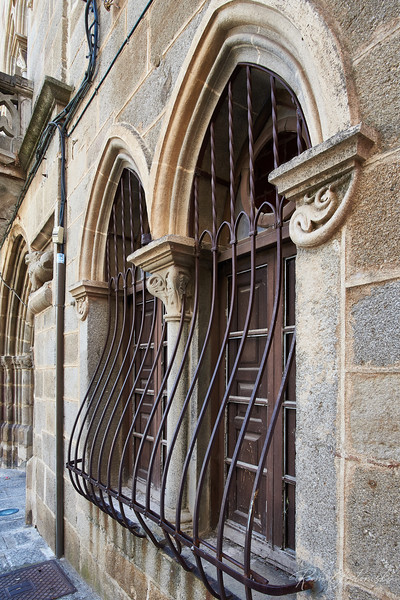 Spanish burglar bars