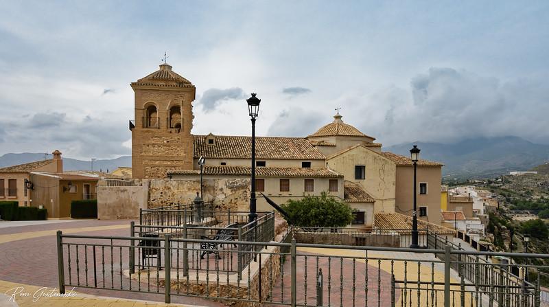 Plaza de Catillo looking towards Parroquia Santa María la Real, Aledo, España