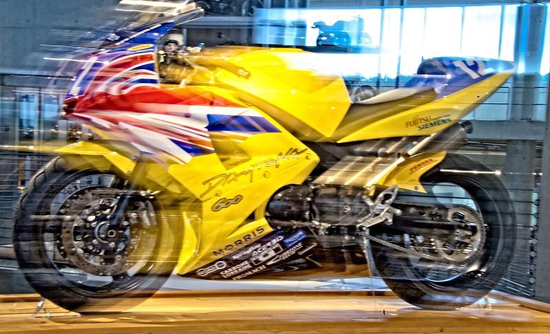 borisdatnow_Yellow bike in action