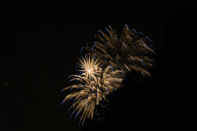 We had a few trees in the way of the shorter bursts of fireworks but there were spectacular anyway.