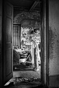 Ma Su Nawe at the Zayyar Theinggi Nunnery