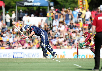 31 Dec 2007 Townsville, Qld, Australia -  Queensland Bulls v Victoria Bushrangers 20/20 match at Townsville's Riverway Stadium - PHOTO: CAMERON LAIRD (Ph: 0418 238811)