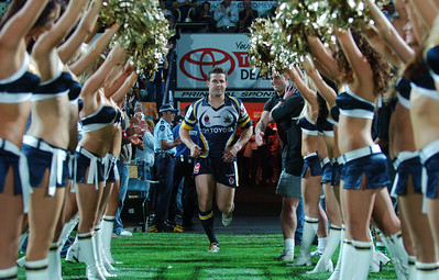01 SEP 2006 TOWNSVILLE, QLD - Josh Hannay runs onto the field to play his last game for the Cowboys - North Queensland Cowboys v Parramatta Eels (Dairy Farmers Stadium) - PHOTO: CAMERON LAIRD