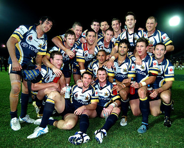 01 SEP 2006 TOWNSVILLE, QLD - The North Queensland Cowboys celebrate their 22-8 win over the Eels - North Queensland Cowboys v Parramatta Eels (Dairy Farmers Stadium) - PHOTO: CAMERON LAIRD