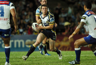 08 Sep 2007 Townsville, Qld, Australia - Ashley Graham on the fly - North Queensland Cowboys v Bulldogs (Dairy Farmers Stadium) - PHOTO: CAMERON LAIRD (Ph: 0418 238811)