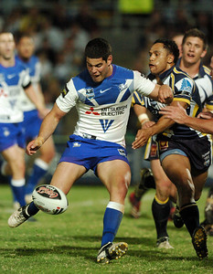 31 Aug 2007 Townsville, Qld, Australia - Nick Kouparitsas puts the ball on his foot during closing minutes of play - North Queensland Cowboys v Bulldogs (Dairy Farmers Stadium) - PHOTO: CAMERON LAIRD (Ph: 0418 238811)