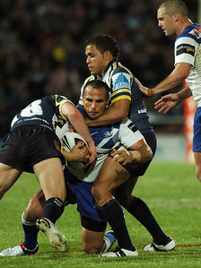 31 Aug 2007 Townsville, Qld, Australia - Matt Bowen wraps up Hazem El Masri - North Queensland Cowboys v Bulldogs (Dairy Farmers Stadium) - PHOTO: CAMERON LAIRD (Ph: 0418 238811)