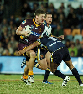 TOWNSVILLE, QLD 13 JUL 2007 - Greg Eastwood smashes into Cowboys fullback Matt Bowen - North Queensland Cowboys v Brisbane Broncos (Dairy Farmers Stadium) - PHOTO: CAMERON LAIRD (PH 0418 238811)