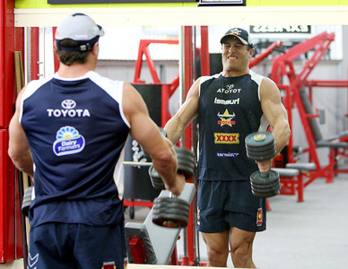 23 Nov 2007 Townsville, Qld, Australia - Cowboys, Blues and Kangaroos second rower Luke O'Donnell works out in a Townsville gym after recovering from a season ending injury earlier this year - PHOTO: CAMERON LAIRD (Ph: 0418 238811)