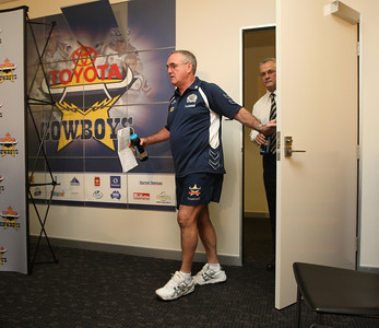 19 May 2008 Townsville, Qld - North queensland Cowboys coach Graham Murray announces his resignation from the club - Photo: Cameron Laird (Ph: 0418 238811)