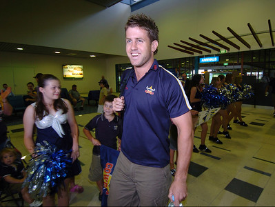 24-SEP-2004  TOWNSVILLE, QLD - Josh Hannay at Townsville airport as the Cowboys leave for their clash with the Roosters - PHOTO: CAMERON LAIRD