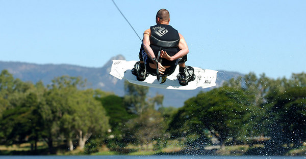 08 JUL 2006 TOWNSVILLE, QLD - Brisbane's Lee Stojanovic performs at the Coca Cola Ross River Rampage national wakeboarding competition.  It is part of a nine day program celebrating the opening of the Thuringowa Riverway project - PHOTO: CAMERON LAIRD