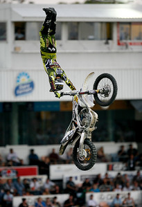 22 November 2008 Townsville, Qld - Cam Sinclair during the Australasian FMX Championship round at Townsville's Dairy Farmers Stadium - Photo: Cameron Laird (Ph: 0418 238811)