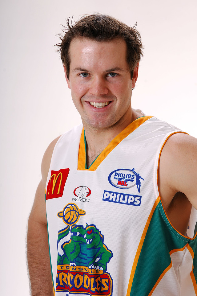 27 JUL 2006 - Kelvin Robertson #4 (Guard, 180cm, 84kg) - Away playing strip - Townsville McDonald's Crocodiles players/staff photos - PHOTO: CAMERON LAIRD (Ph: 0418 238811)