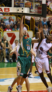 20 Oct 2007 Townsville, Qld, Australia - Greg Vanderjagt scores an easy two points for the Crocodiles - Townsville Crocodiles v Adelaide 36'ers - PHOTO: CAMERON LAIRD (Ph: 0418 238811)