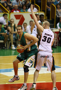20 Oct 2007 Townsville, Qld, Australia - Crocodiles centre Greg Vanderjagt puts a move on Adelaide big man Axel Dench - Townsville Crocodiles v Adelaide 36'ers - PHOTO: CAMERON LAIRD (Ph: 0418 238811)