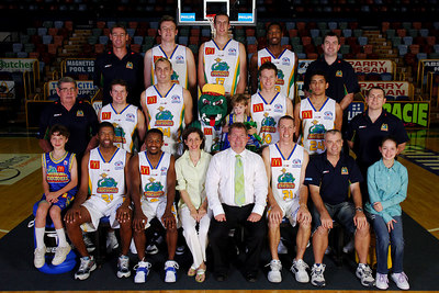 21 SEP 2005 TOWNSVILLE, QLD - Townsville McDonald's Crocodiles 2005-2006 Sponsors Photos.  The Smith Family - PHOTO: CAMERON LAIRD