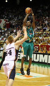 20 Oct 2007 Townsville, Qld, Australia - Galen Young shoots in the 3rd quarter - Townsville Crocodiles v Adelaide 36'ers - PHOTO: CAMERON LAIRD (Ph: 0418 238811)