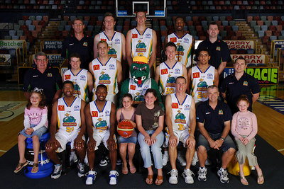 21 SEP 2005 TOWNSVILLE, QLD - Townsville McDonald's Crocodiles 2005-2006 Sponsors Photos.  Helen Munro Real Estate - PHOTO: CAMERON LAIRD