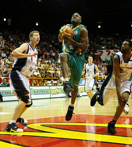"12 Jan 2008 Townsville, Qld, Australia - Townsville's Corey ""Homicide"" Williams flies to the basket - Townsville Crocodiles v New Zealand Breakers (Townsville Entertainment & Convention Centre) - PHOTO: CAMERON LAIRD (Ph: 0418238811)"