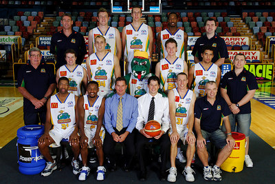 21 SEP 2005 TOWNSVILLE, QLD - Townsville McDonald's Crocodiles 2005-2006 Sponsors Photos.  Key Motors - PHOTO: CAMERON LAIRD