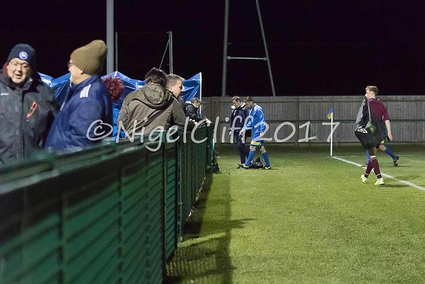 Hellenic League Premier Royal Wooton Basset 3 Tuffley Rovers 4 (06.12.2017)