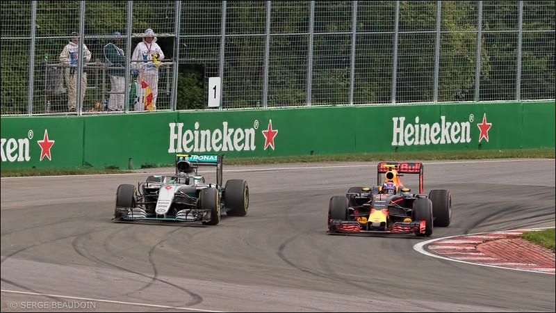Verstappen pass on Rosberg