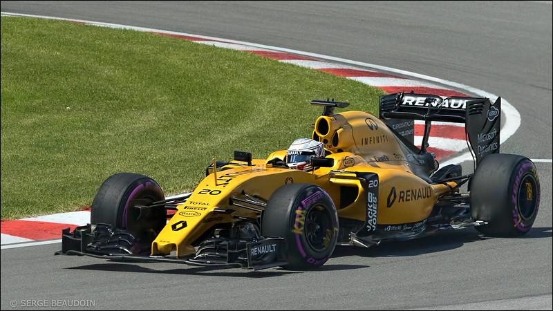 Kevin Magussen, Renault