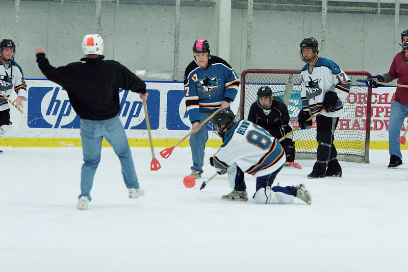 20081214_Broomball  151