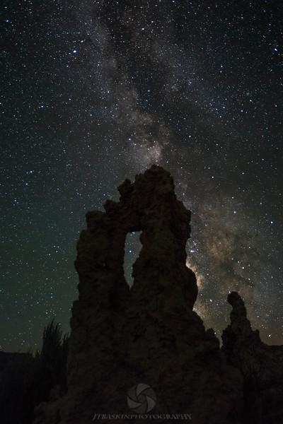 Milky way at Mono Lake - IMG#3229