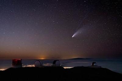 Comet Neowise above Mauna Kea