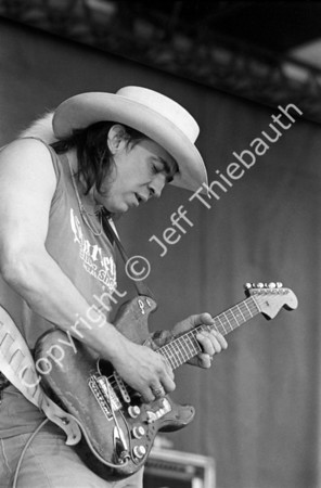 06-Stevie Ray Vaughan-Newport Jazz-8-18-85