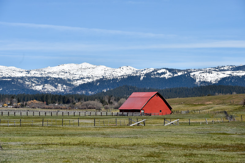 9694: Barn off of Mather