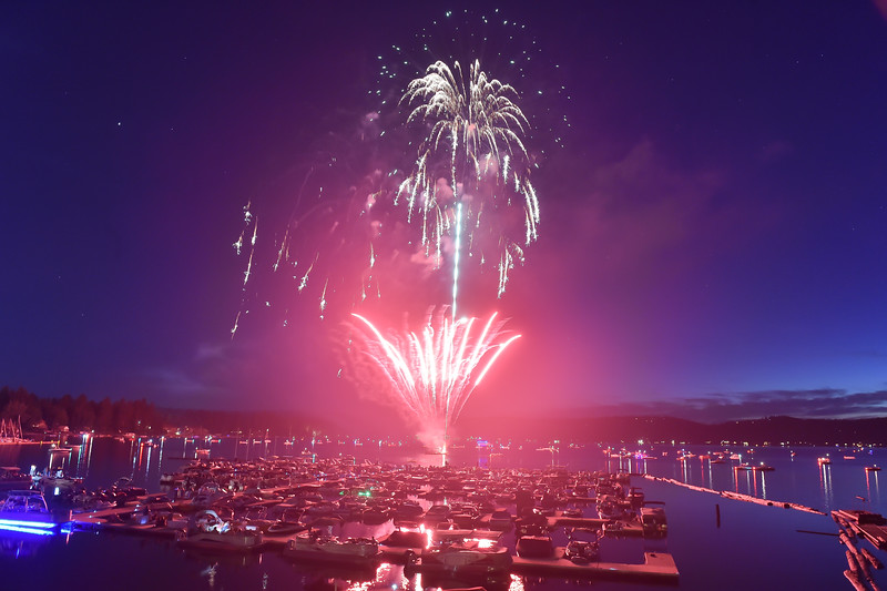 4468: Fireworks over Mile High Marina