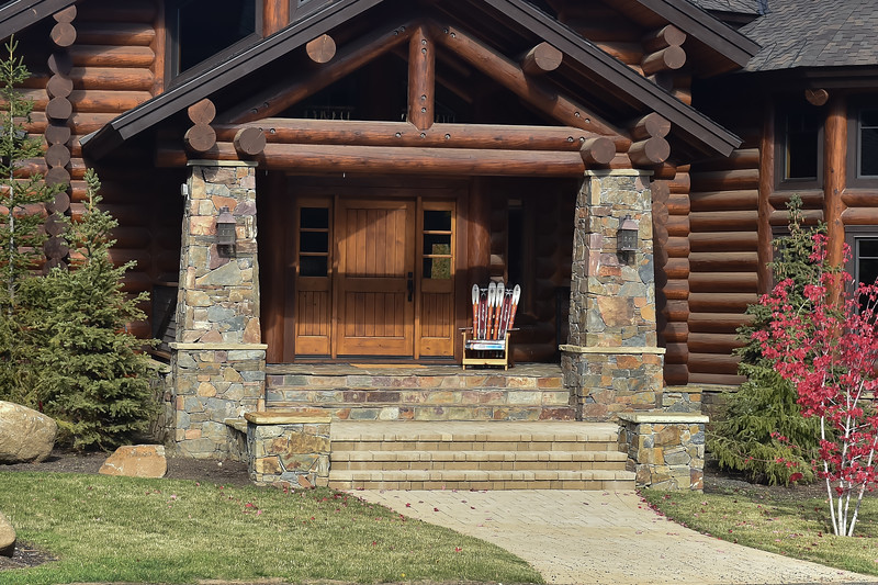 8971:  Home in McCall
