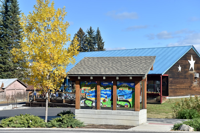 8960:  McCall Bus Stop