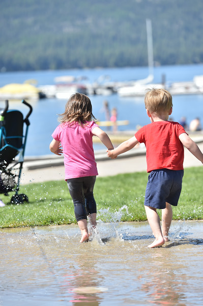 1417:  Children in the Fountain at Legacy Park