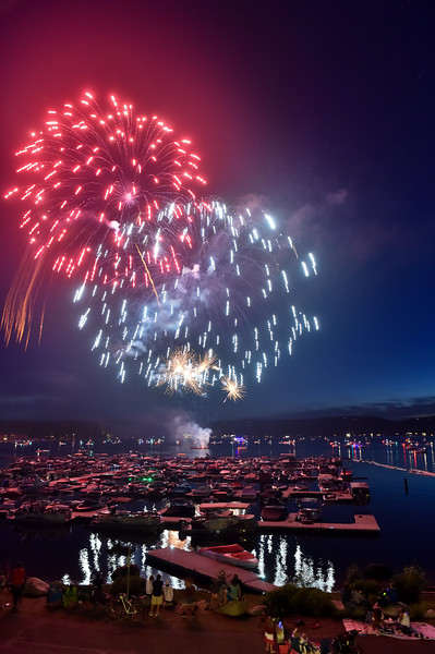 4458: Fireworks over Mile High Marina