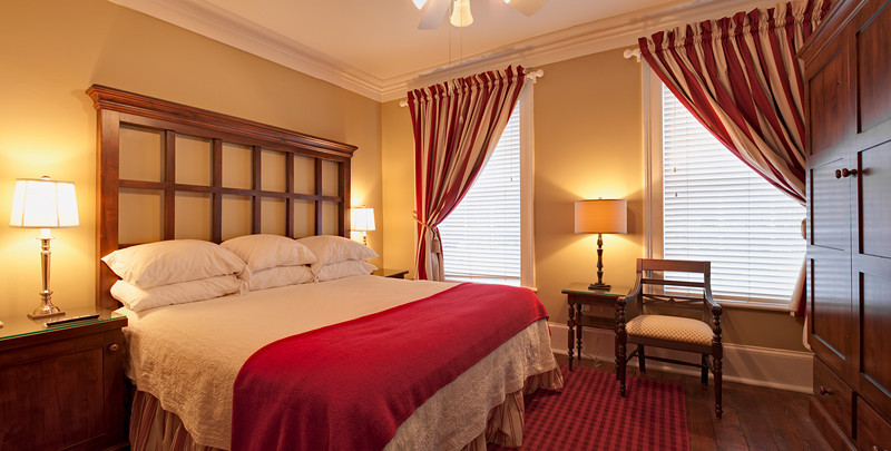 """More hotel pictures <a href=""""http://www.istockphoto.com/file_search.php?action=file&lightboxID=5597327"""">available for purchase from William Britten iStockphoto</a>"""