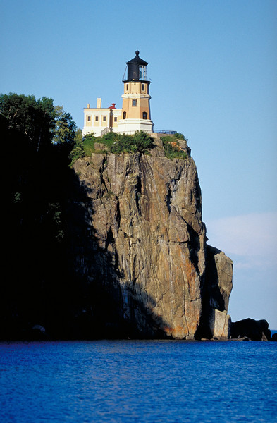 """Split Rock lighthouse, Lake Superior. Many more lighthouse images <a href=""""http://www.istockphoto.com/file_search.php?action=file&lightboxID=3447652"""">available for purchase from William Britten iStockphoto</a>"""